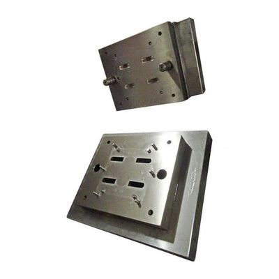 No Flashing Plastic Injection Mold Tooling Polished Surface Treatment ISO Approval